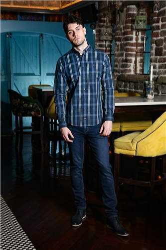 Outrage Toby Shirt Navy Check